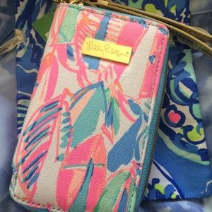 Lilly Pulitzer IPHONE 6 Wristlet